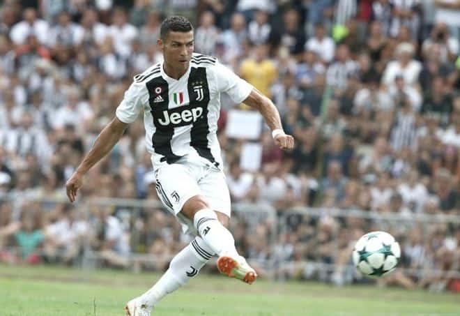 Cristiano_Ronaldo_Juventus