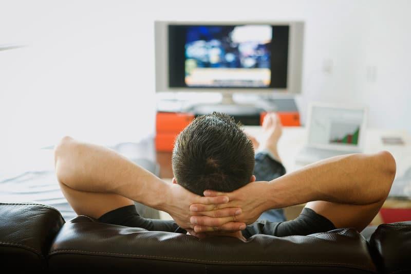 come vedere i canali inglesi sulla tv satellitare